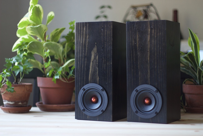 Mini Towers in Ebony