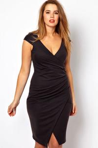 Plus Size Black Ruched Jersey Wrap Midi Dress