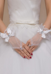 White Diamond Bow Accent Sheer Bridal Gloves