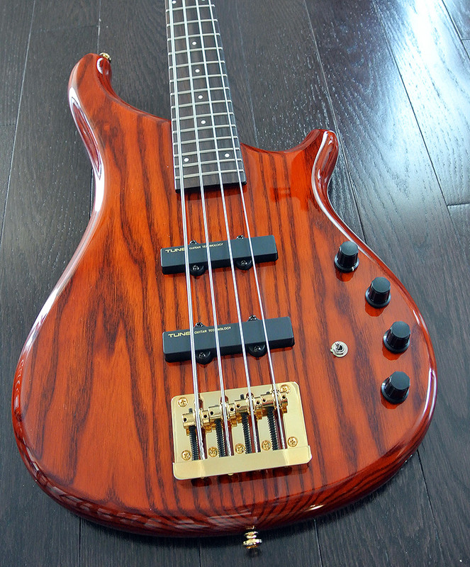 TUNE Supernova Zi742 - BSB - 4 String Active Bass
