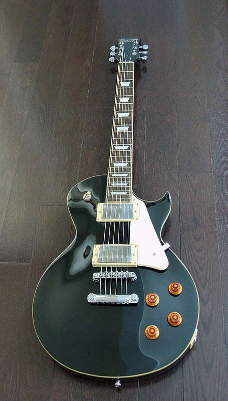 Swing - Classic Series - C-1 Electric Guitar