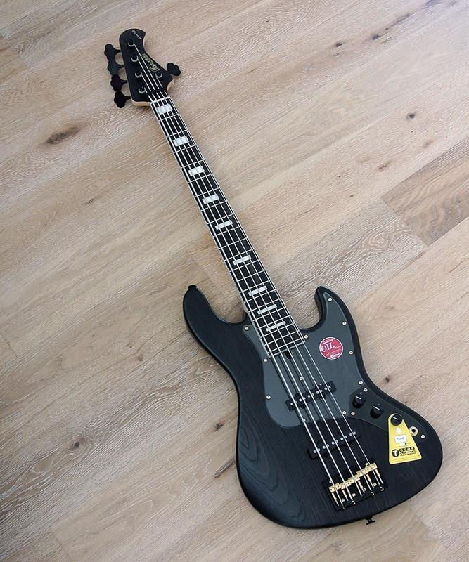 Bacchus Handmade Japan Series - WOODLINE DX5/E-BGP -  5 String Bass - Black Oil Finish with Black/Gold Hardware