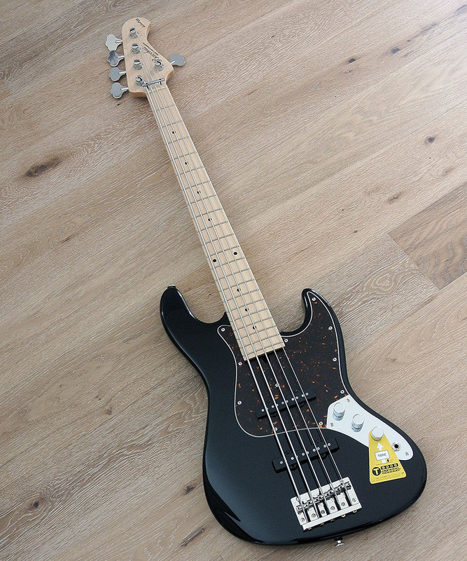 Bacchus Craft Japan Series - WL5-ALD/M  - 5 string bass with Alder Body - Black