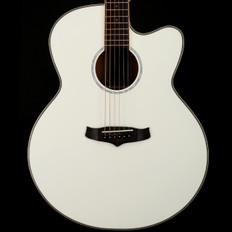 Tanglewood Evolution TSJCEWH Super Jumbo Cutaway Electro Acoustic in White Gloss