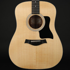 Taylor 110e Dreadnought, ES2 with Gigbag