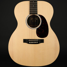 Martin 000X1AE Electro Acoustic Guitar in Natural