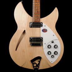 Rickenbacker 330/6 - 330 Series 6 String in Mapleglo with Hard Case