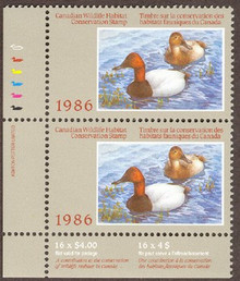 Canada Duck Stamp 1986 Canvasbacks Vertical pair with selvage