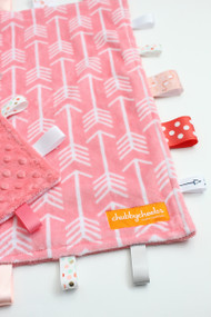 Tag Blanket (Large) - Coral Arrows