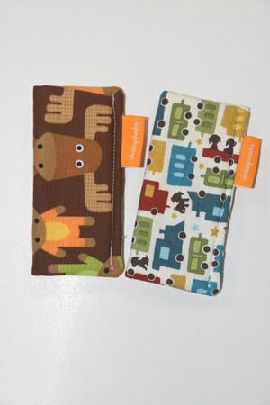 2 pack freezie cozy in moose and toy cars