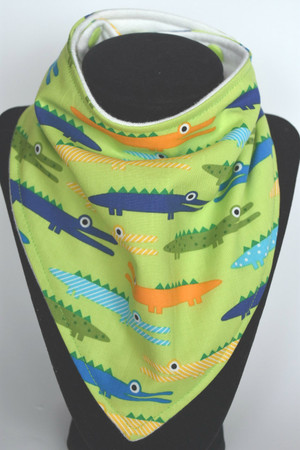 Alligator bamboo backed bandana bib
