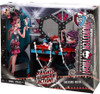 Monster High Frights, Camera, Action Dressing Room 10.5-Inch Doll Playset