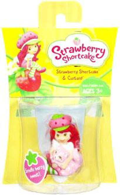 Basic Strawberry Shortcake Figure [With Custard]