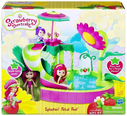 Strawberry Shortcake Splashin' Petal Pool Playset