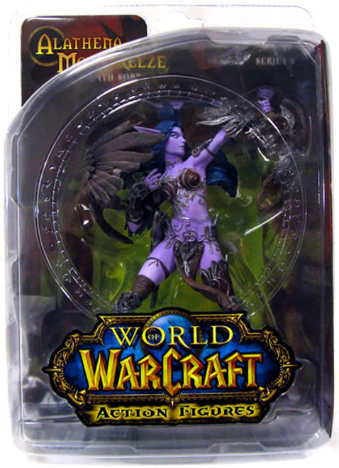 World of Warcraft Series 5 Alathena Moonbreeze with Sorna Action Figure [Night Elf Hunter]