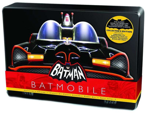 Batman 1966 TV Series Batmobile 1/32 Scale Model Kit