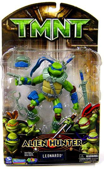 Teenage Mutant Ninja Turtles TMNT Alien Hunter Leonardo Action Figure