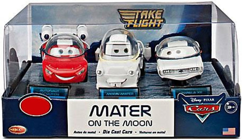 Disney Cars Cars Toon 1:43 Multi-Packs Mater on the Moon Exclusive Diecast Car Set