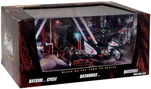 Batman Hot Wheels Batgirl Cycle, Batmobile & Batcycle Exclusive Diecast Vehicle 3-Pack