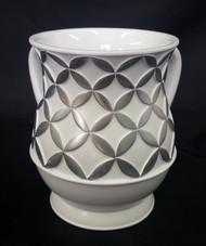Acrylic Washing Cup Diamonds in Circles - White