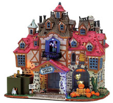75499 - Dark Haven Lodge, with Adaptor - Lemax Spooky Town Halloween Village Houses & Buildings