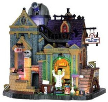 35493 - Dr. Gloom N. Doom's Laboratory, with 4.5v Adaptor  - Lemax Spooky Town Halloween Village Houses & Buildings