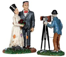 32107 - Wedding Photo, Set of 2  - Lemax Spooky Town Halloween Village Figurines