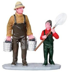 32140 - Clam Digging  - Lemax Christmas Village Figurines