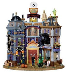05008 - Spooky Towne Square, with 4.5v Adaptor - Lemax Spooky Town Houses