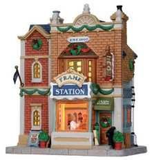 15213 - Frame Station - Lemax Caddington Village Christmas Houses & Buildings