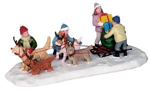 23961 - Neighborhood Santa  - Lemax Christmas Village Table Pieces