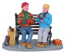 62265 -  Enjoying a Chat - Lemax Christmas Village Figurines