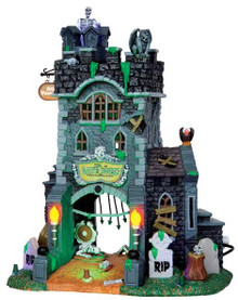 45663 - The Gate House at Haunted Meadows, with 4.5v  - Lemax Spooky Town Halloween Village Houses & Buildings