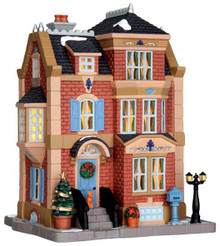 45713 - Andrews Residence  - Lemax Caddington Village Christmas Houses & Buildings
