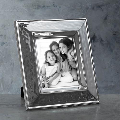 Beatriz Ball Soho Frame 8 x 10 (Engravable)
