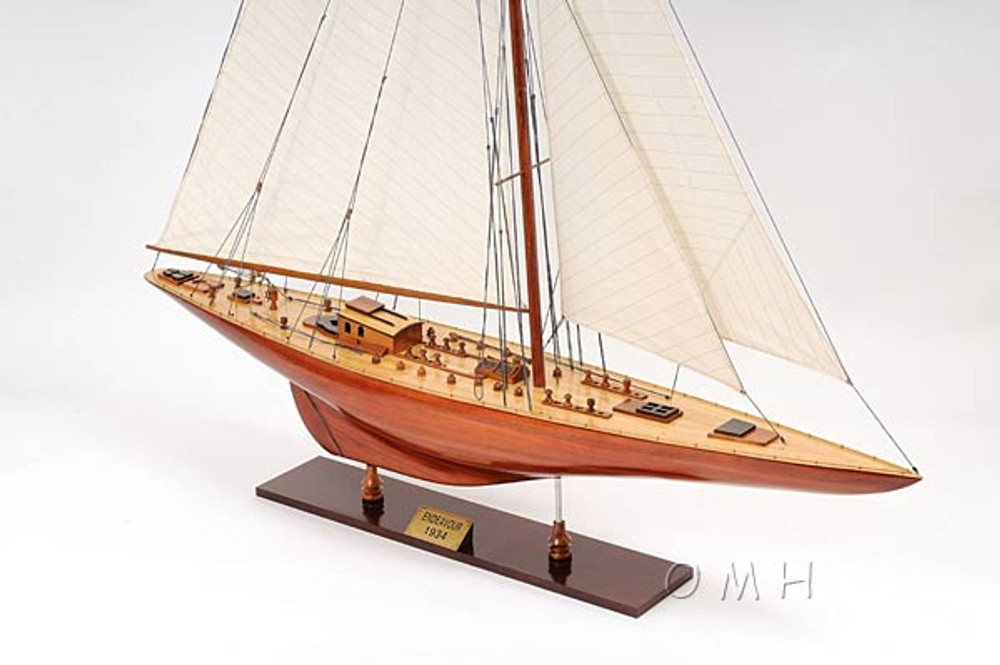 Endeavour XL Version British Sailboat