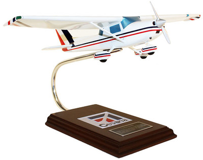 Toys and Models Cessna 150/152