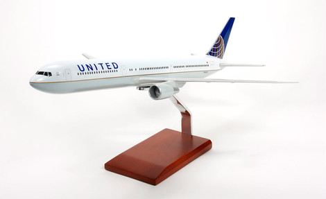 United B767-400 Continental Merger Livery Airplane Model