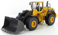 Motorart Volvo L250G Front Loader with Spade Nose Bucket