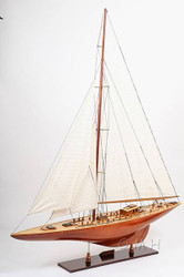 Endeavour XL Version British Sailboat Model