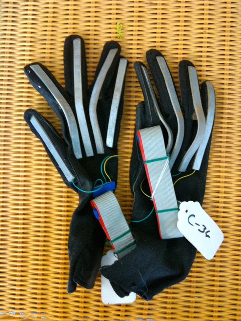 Real Prop Electric Sc-Fi Gloves