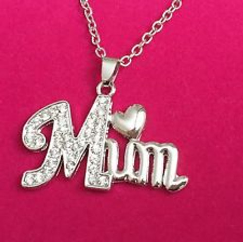 Show mum you love her in a real simple and sweet way with this beautiful and elegant silver plated mum necklace, with an easy clasp chain.