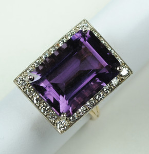 Large Amethyst and Diamond Ring in 18kt yellow gold