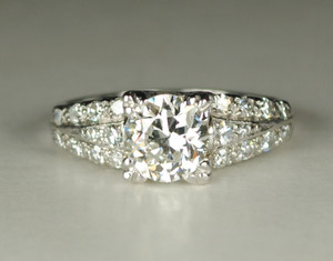 Art Deco Platinum Diamond Engagement Ring 1.15 Carats