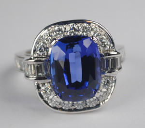 Fabulous Contemporary Tanzanite and Diamond Ring