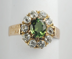 A Victorian Peridot and Diamond Ring