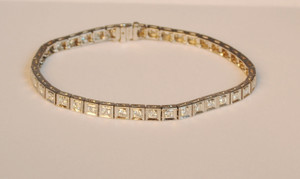 Art Deco Line Bracelet in Platinum 3.9ctw.