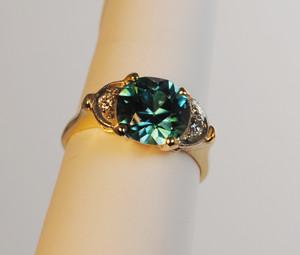 Retro Blue Zircon and Diamond Ring 14kt