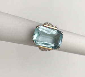 Art Deco Platinum and Rose Gold 8.5 carat Aquamarine Ring