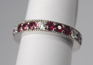 Red Ruby Eternity Band 18kt